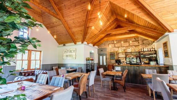 Potarch Cafe & Restaurant dining area